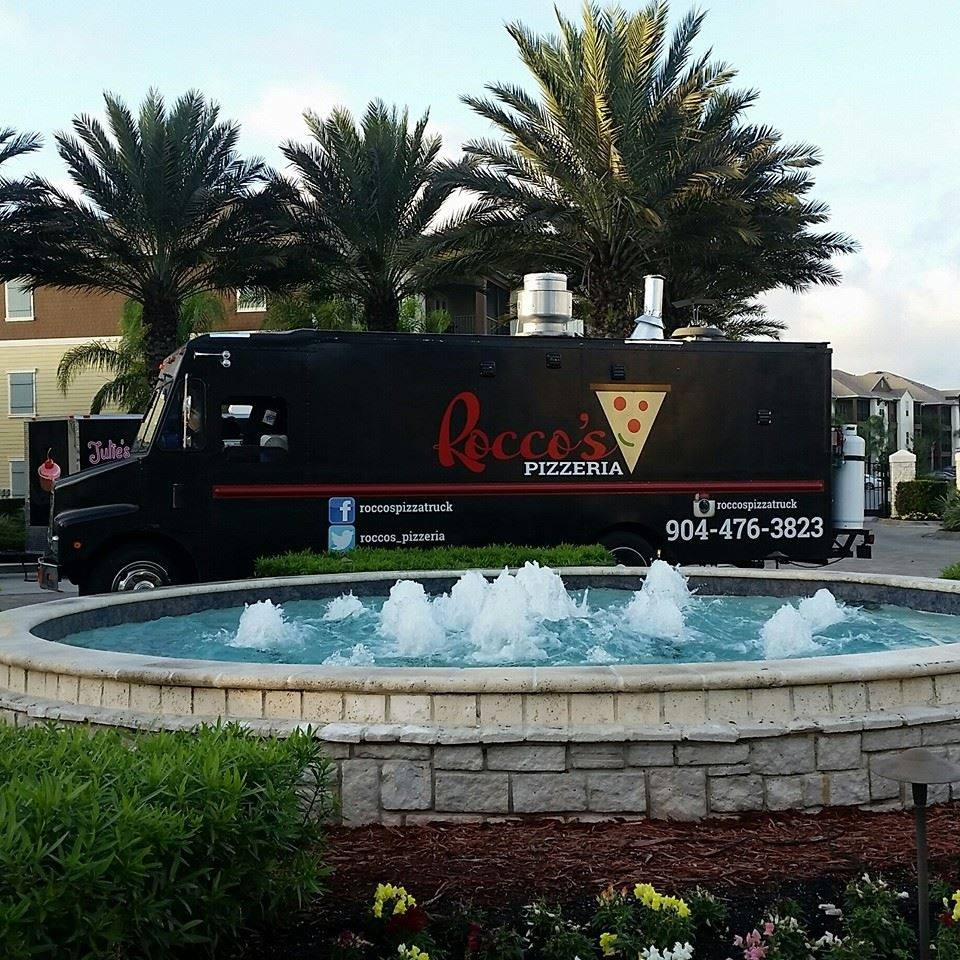 Rocco's Pizzatruck Food Truck