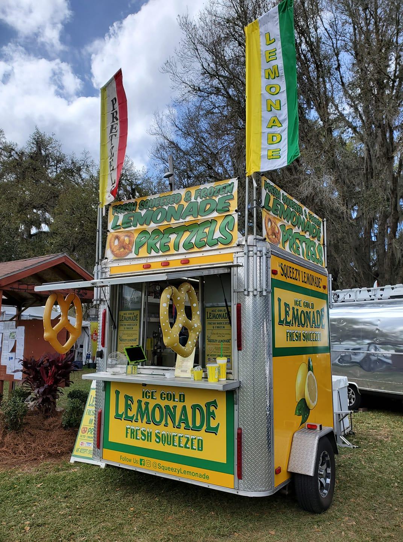 Squeezy Lemonade Food Truck
