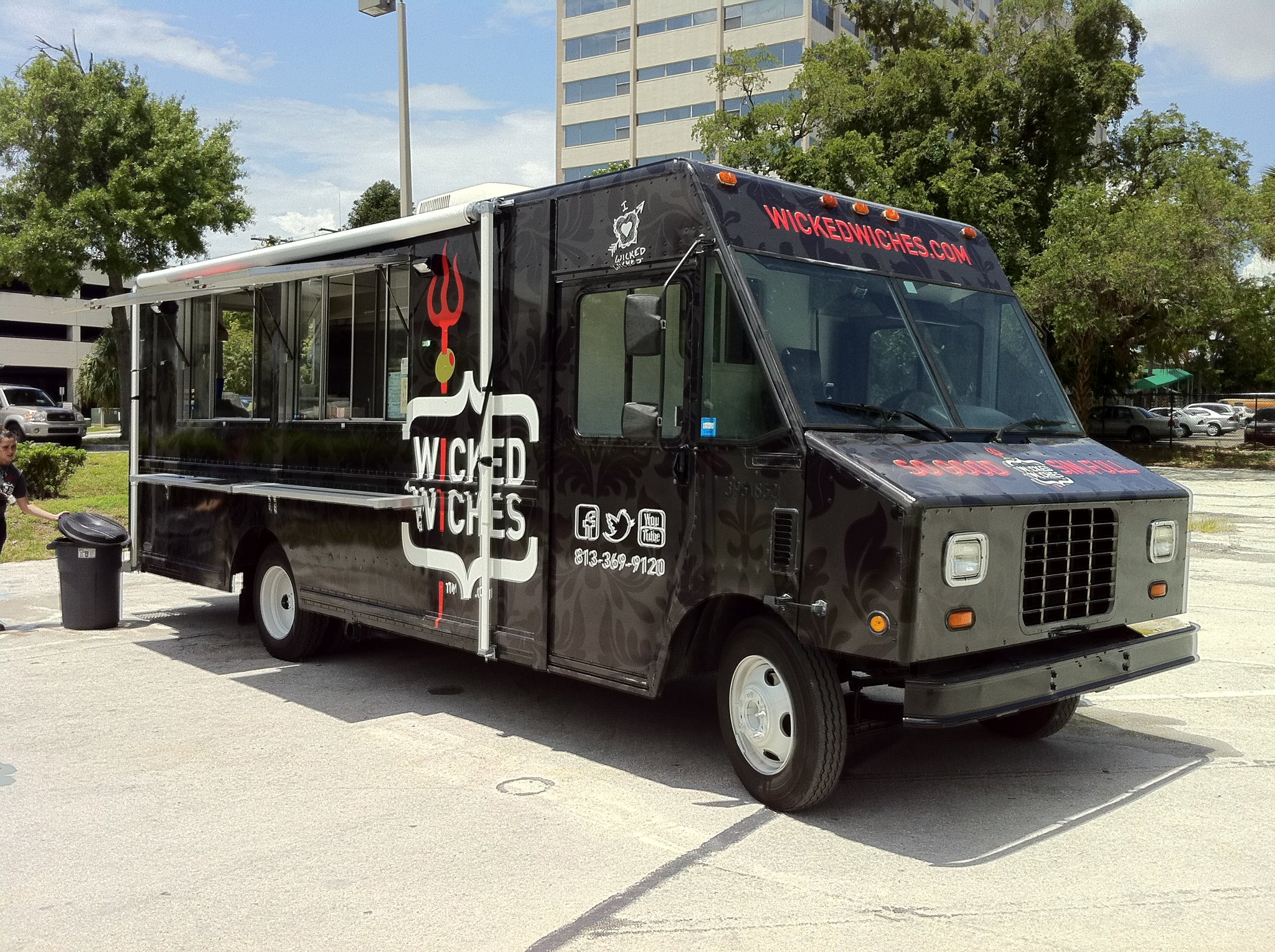 Wicked Wiches Food Truck