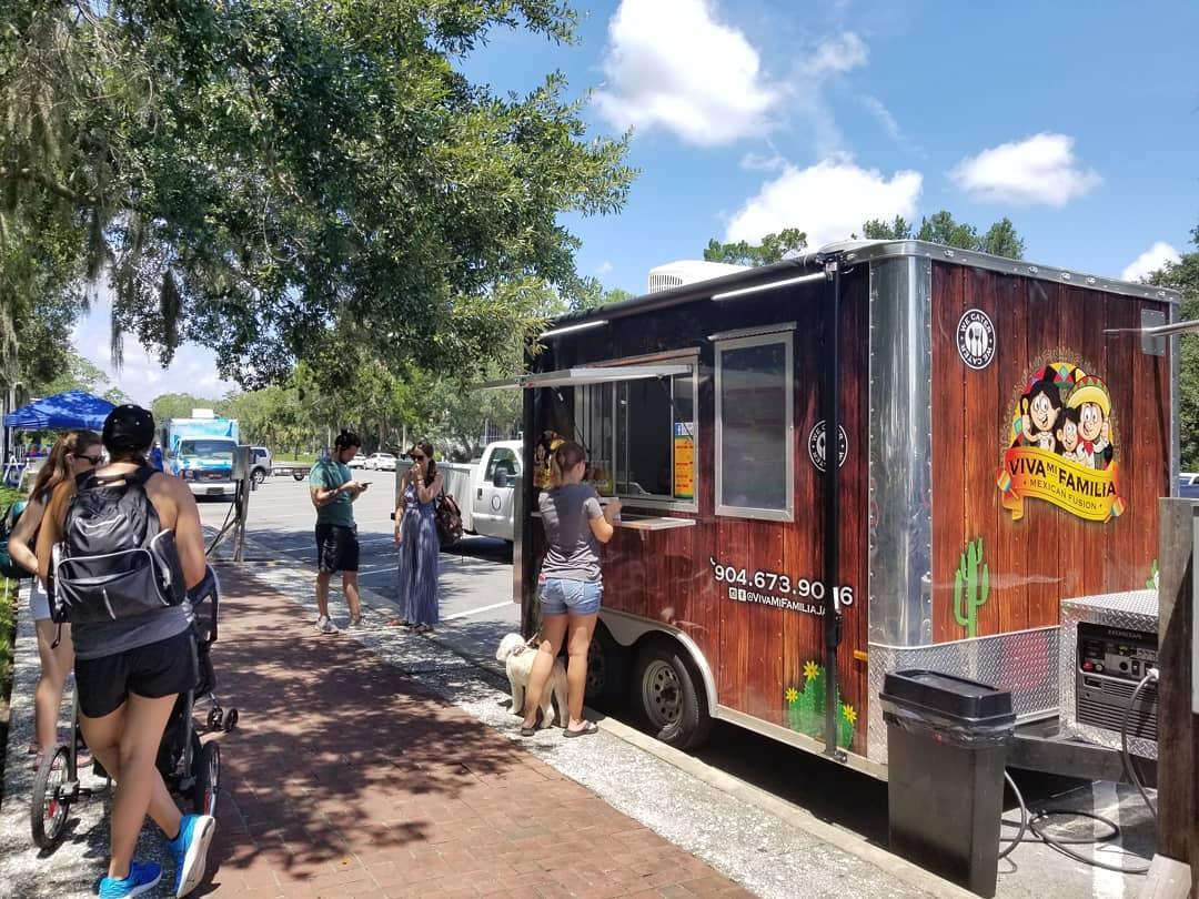 Viva Mi Familia Food Truck
