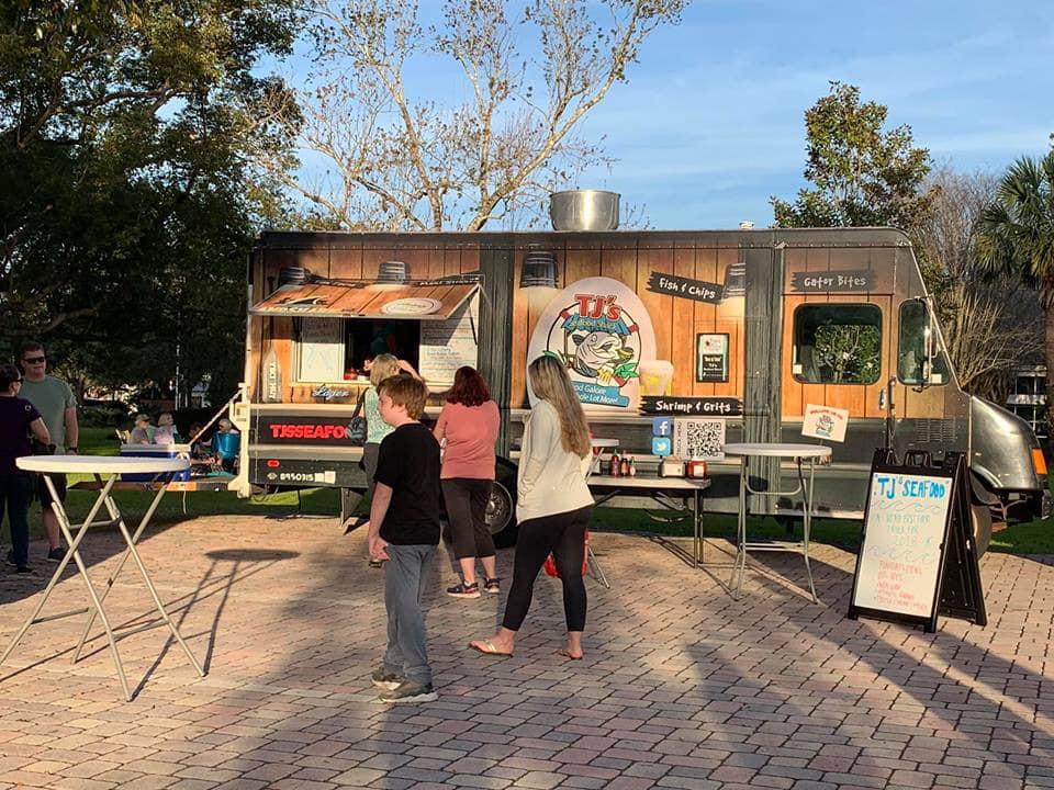 TJ's Seafood Shack Food Truck