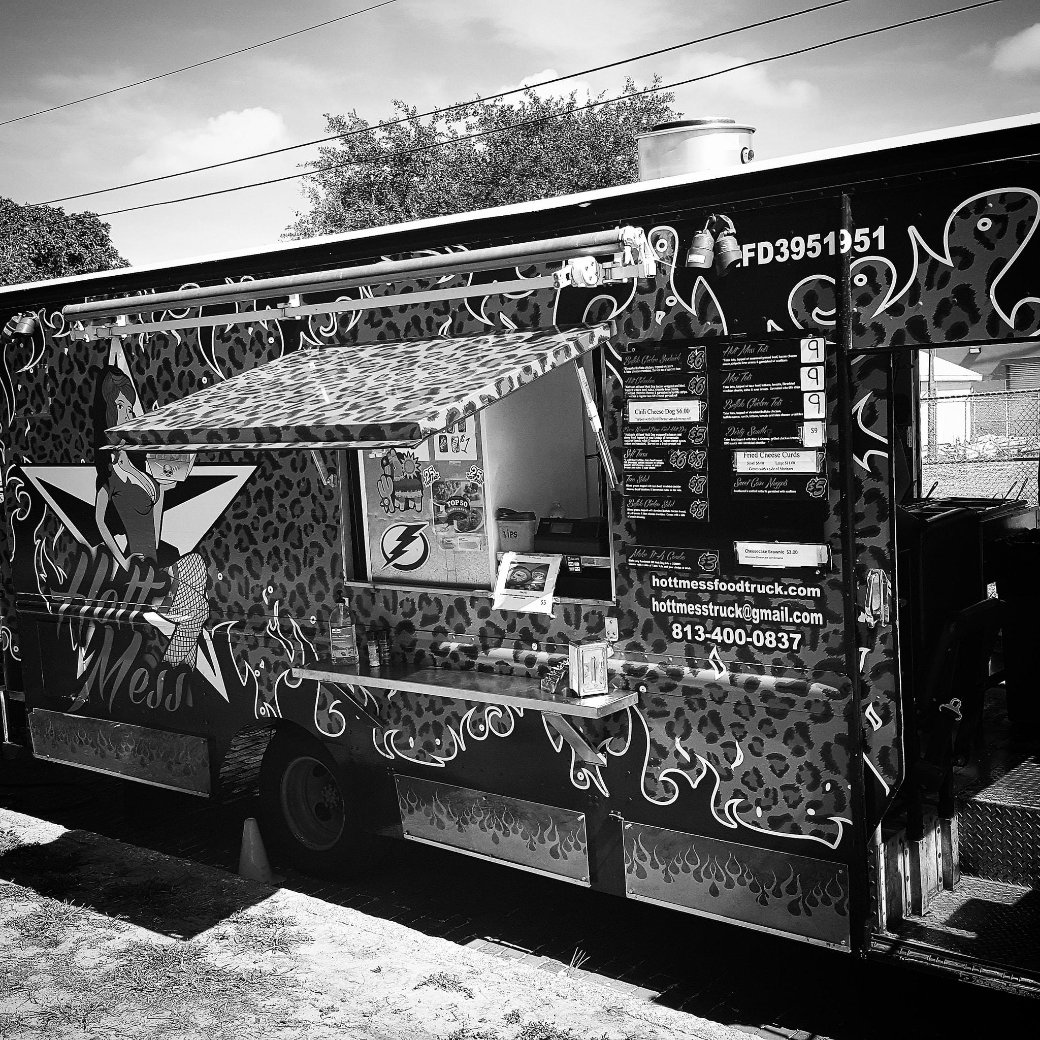 Hott Mess Food Truck