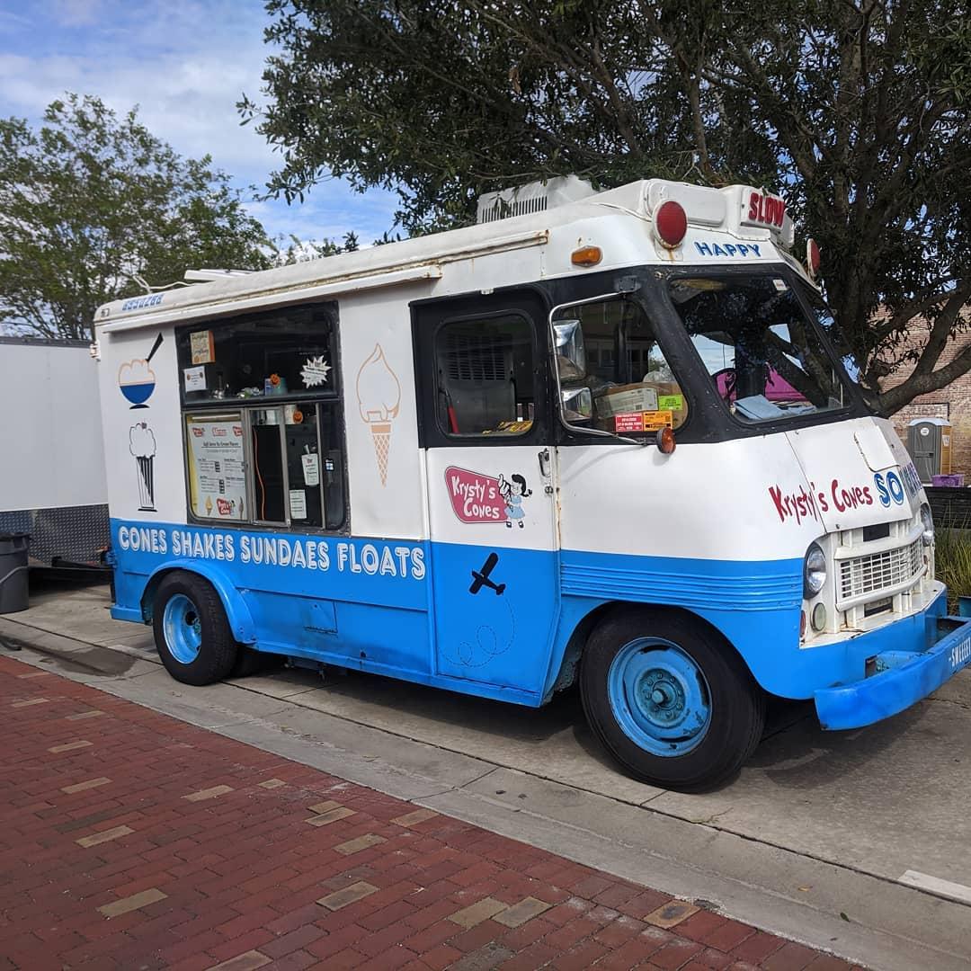Krysty's Cones Food Truck