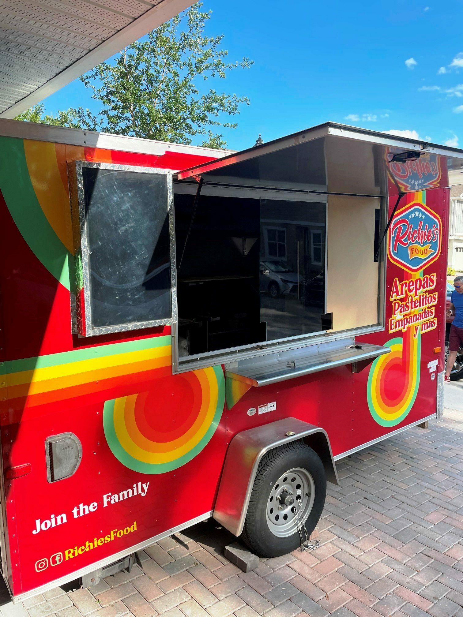 richies food truck